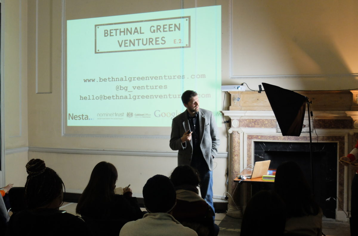 Glen-Mehn_Bethanal-Green-Ventures_Presents-To-Students-About-Social-Innovation